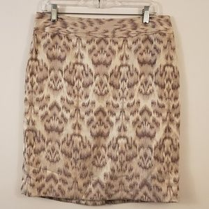 Ann Taylor damask embroidered pencil skirt 10